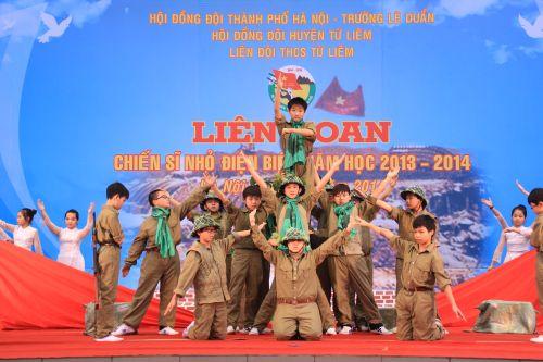Liên hoan Chiến sĩ nhỏ Điện Biên 2014